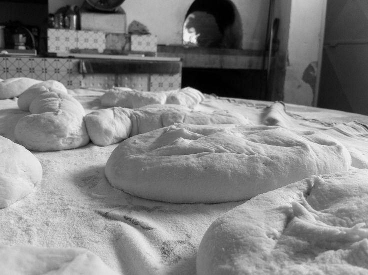 Forme di pane pronto per il forno