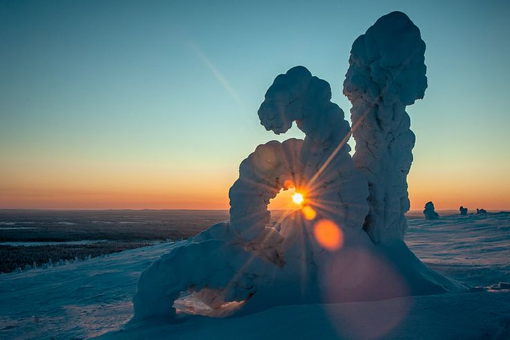 "Sun is going down by Rauno Kalda. ""Pyha-Luosto national park Finland. -40 C and strong wind."""