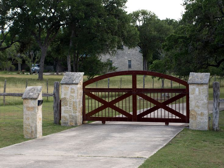 Superior Entry Gate #2: Gates U0026 Entrances Texas | Ranch Style Gates | Hill Country Village