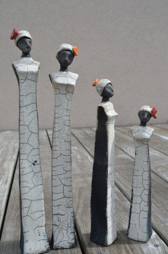 """Lote 2 raku esculturas de cerámica """"Amy & Bet"""""""