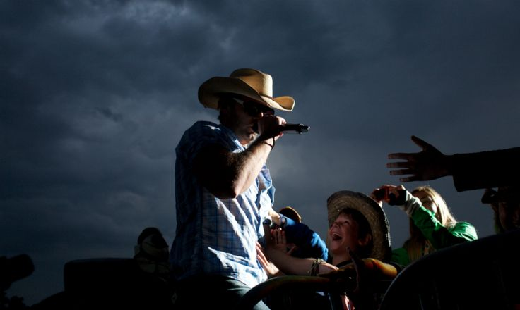 Dean Brody at Boots and Hearts 2013