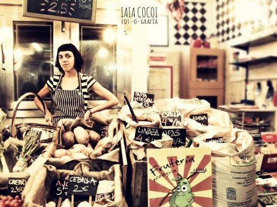 La Repera, frutería ecológica en el Mercado de San Fernando. Embajadores 41, Madrid. Foto: Iaia Cocoi