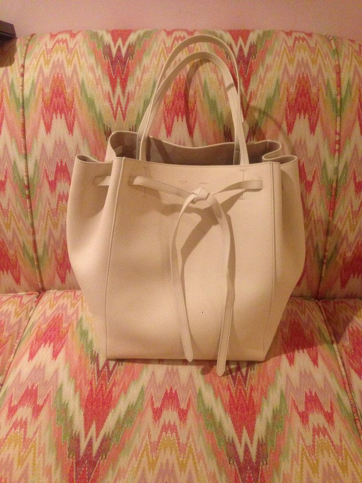 Celine nailed purse design with the Cabas Phantom! I added the ...