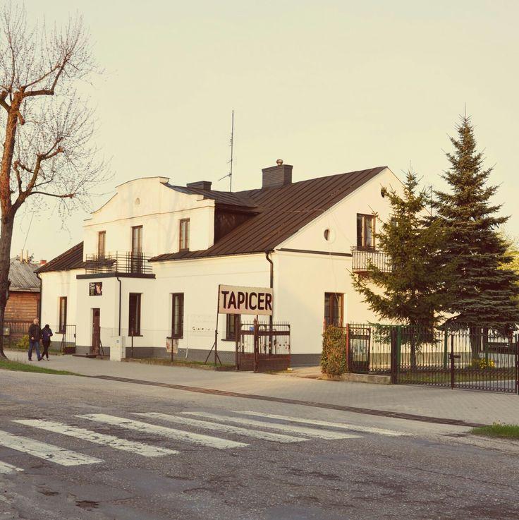 Budynek w Alejach Tadeusza Kościuszki w Łukowie.