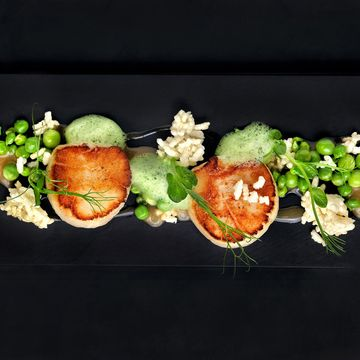Scallop, Peas, Crispy Woba and Jolo by Chef Alvin Leung #molecular #gastronomy