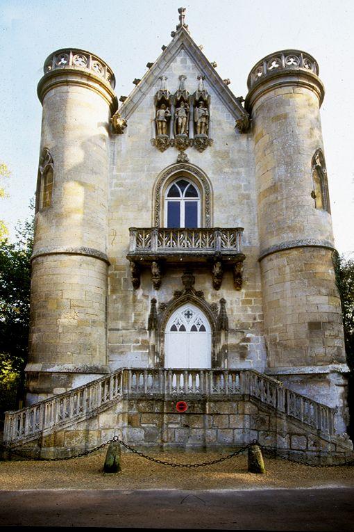 Coye-la-forêt-60-Chateau de la reine blanche. - Images de Picardie