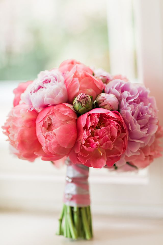 Pfingstrosen sehen wundervoll in einem Brautstrauß aus!