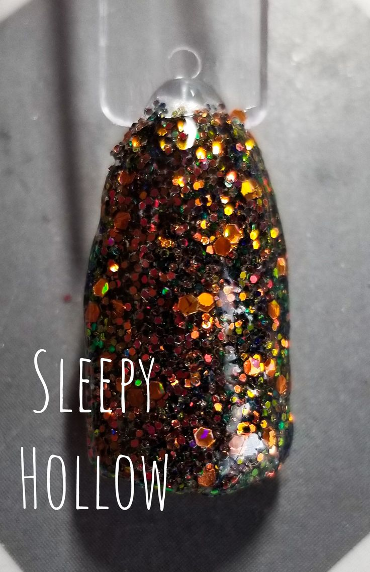 The perfect Halloween nail dip powder by Kimberz Kreations ...