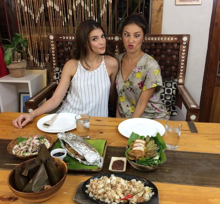 regram @tastebuddiesnewstv #TBLostInMalolos - August 26 2017  Pagkaing truly Pinoy naman ang ipapatikim ng BALAI SERAFIN at hindi raw magpapatalo ang kanilang Crispy Kare-kare!  8:45pm | Saturday | GMA News TV #TasteBuddies #SolennHeussaff #RhianRamos #Solenn #Rhian #SoRhi #Food #Travel #Adventure #Style #TVShow #MagazineShow #FoodShow #TravelShow #Fresh #Fab #Fun #Kapuso #GMANewsTV #Malolos #Bulacan @solenn @whianwamos