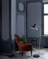 Eva chair - Velluto di Cotone 641 _G10 floor lamp - matt black_TS table Ø40 - granite blacklowres