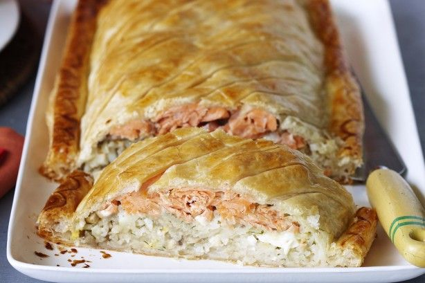 A luxurious savoury pie wrapped in puff pastry and filled with creamy mushroom and salmon.