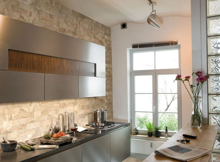 Pin By Nerang Tiles On Travertine Tiles Modern Kitchen Kitchen