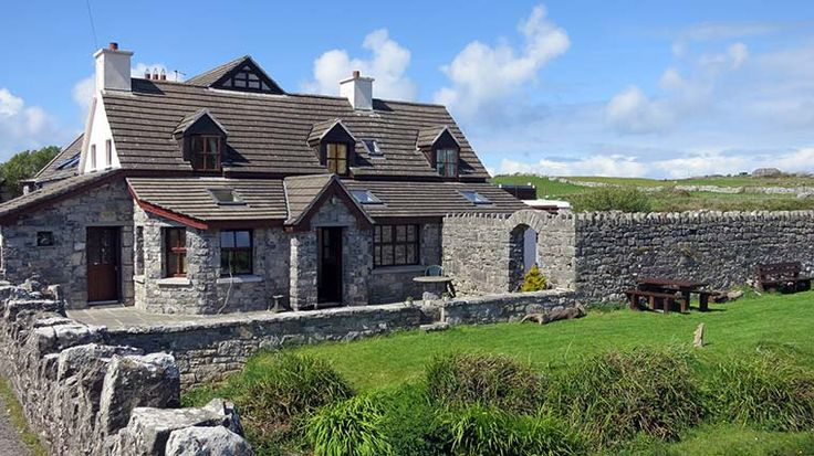 How to avoid package tours and save money by booking your own vacation to Ireland. Tips on booking cheap flights, hiring a car, and booking budget hotels.