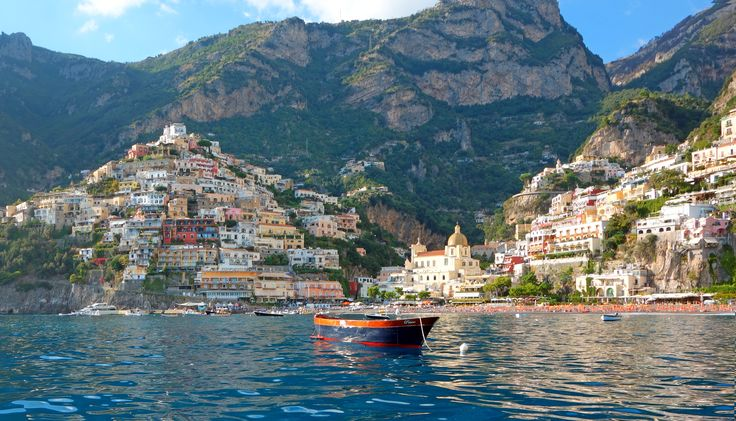 What a charming view of Positano! Coming in by boat from Amalfi! Just one of the many enchanting day trips we can take together at www.insplendidcompany.com small group tours!