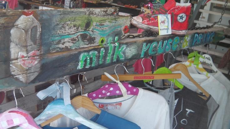 milk reuse & paint clothes
