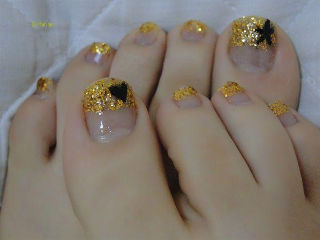 GOLD TOES - Nail Art Gallery nailartgallery.nailsmag.com by nailsmag.com