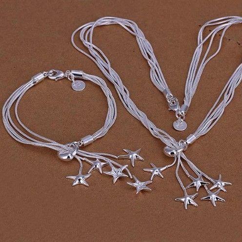 colier si bratara cu stelute http://www.bijuteriifrumoase.ro/cumpara/set-bijuterii-argintiu-cu-stelute-3415