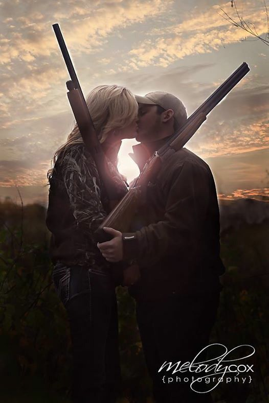 Camo engagement pictures Couples who hunt Drake jacket Camo photography Country engagement photo