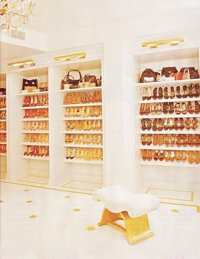 10 Amazing Celebrity Closets   StyleCaster- Mariah Carey