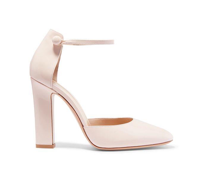 Sapatos de noiva brancos com tacão, em verniz, Gianvito Rossi.