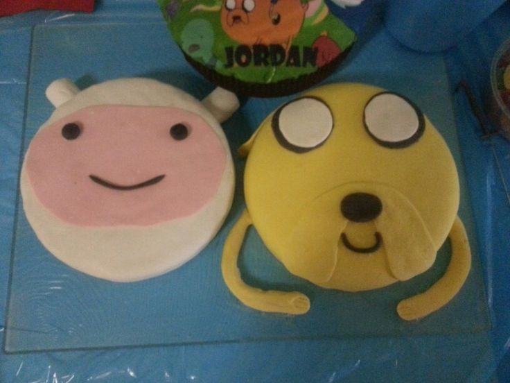 Finn and Jake Avdvenure Time Cake