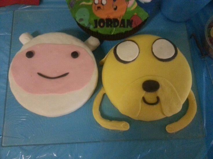Finn and Jake Avdvenure Time Cake
