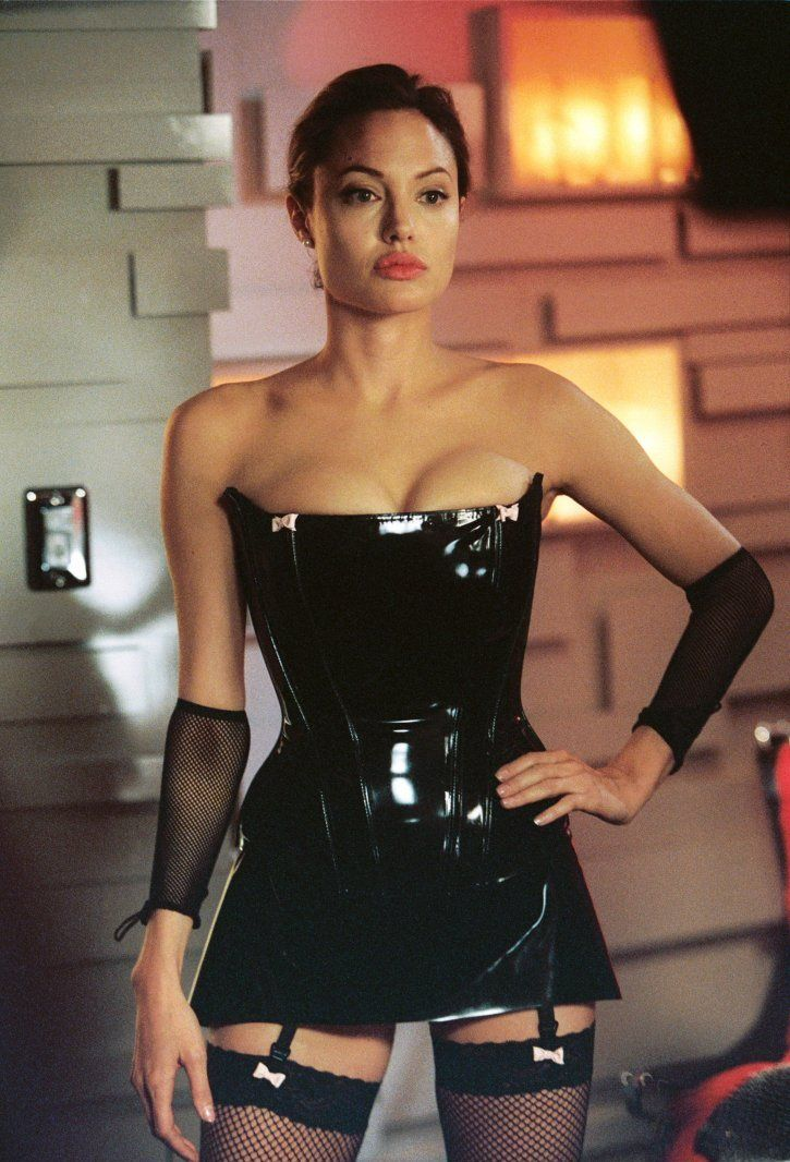 Angelina Jolie Nude - Original Sin - Spankwire com