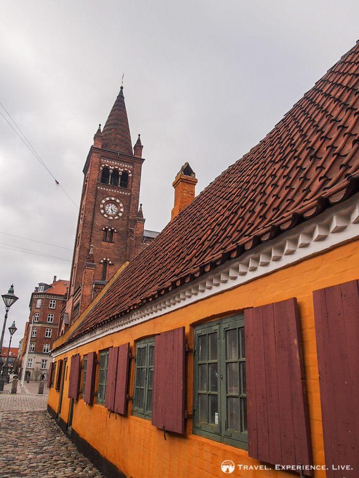 Row house in the Nyboder district in #Copenhagen, capital of #Denmark.