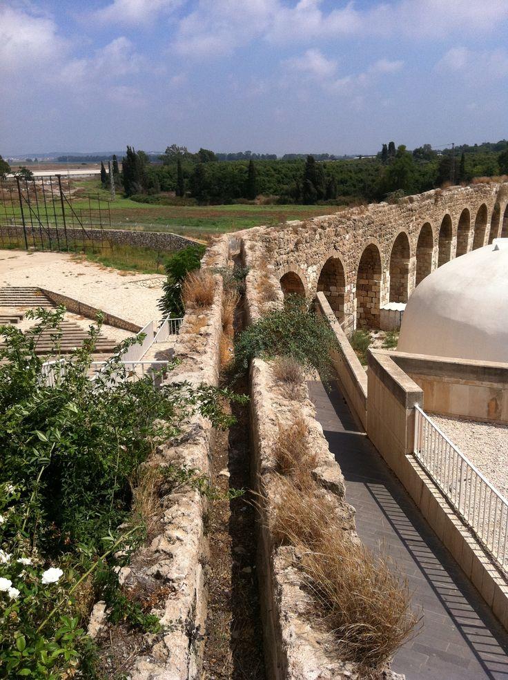 Ancient Roman AqueductRoman Aqueduct