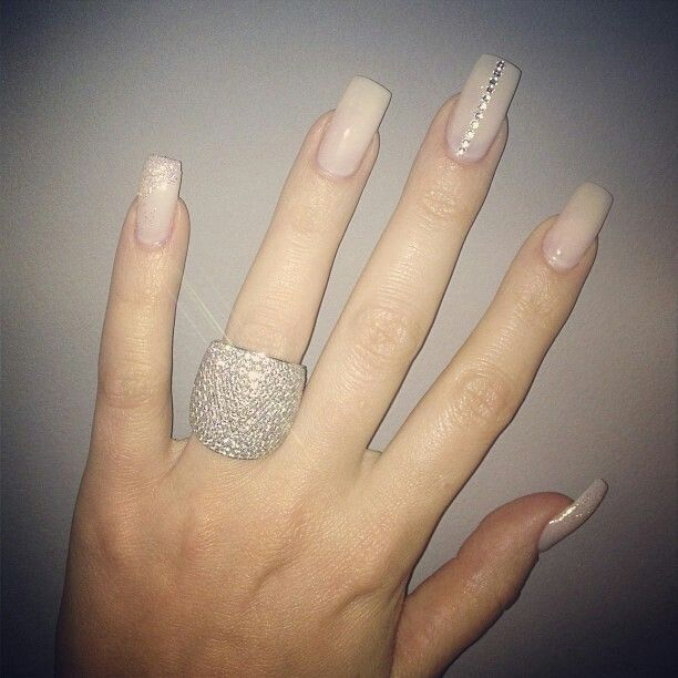 Khloe K's fab nude nails I officially am in love w all of her nail designs. Might do this for the wedding.
