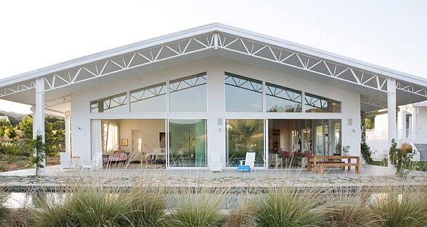 Pavilion, California