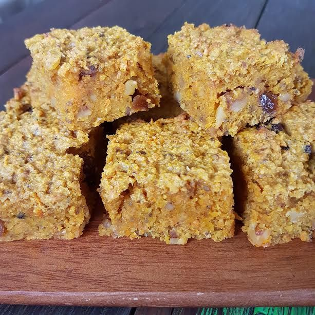 Healthy Carrot Cake Slice