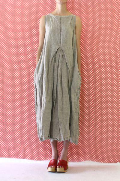 a226bw.l154.1 washed sleeveless barbabietola dress