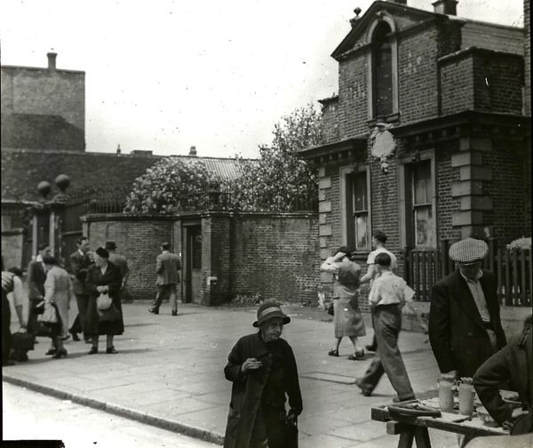 Trinity Almshouses, Mile End Rd, c. 1920