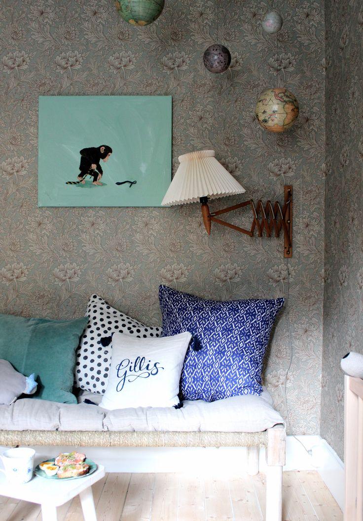 Morgonstund i Gillis rum │ Johanna Bradford