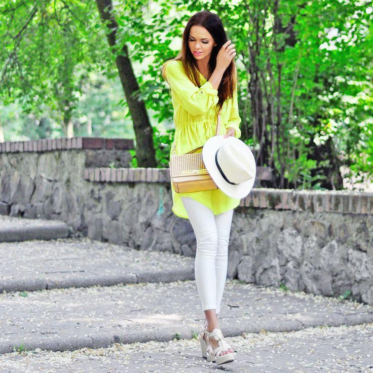 #beige #wedges #outfit http://www.stylowebuty.pl/categories/?ipp=80