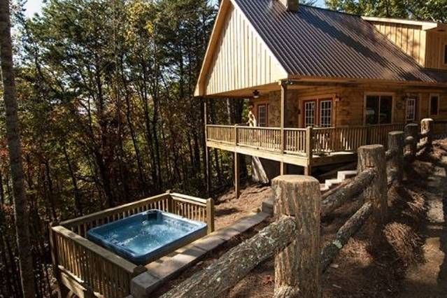 Moonstruck At Deep Creek Is 1 Mile From Deep Creek In The Great Smoky Mountains National Park With Images Cabin Luxury Rentals Cabin Rentals