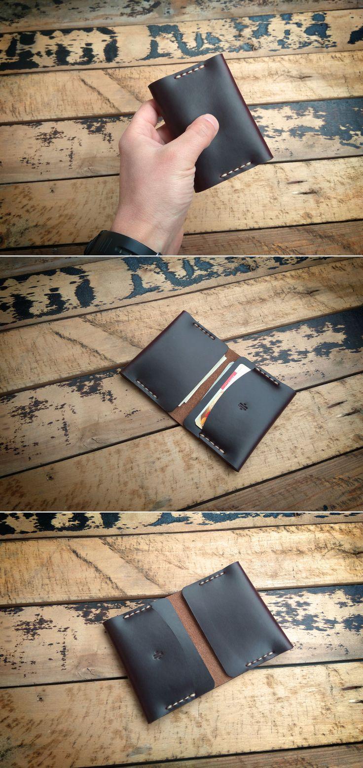 Minimalist Horween Chromexcel Letaher Wallet. #manufacturabrand#accessories #wallet #leather #handmade#leathergoods #everydaycary #vegtanleather#handcraft #handstitched #leathercraft #vegtan#bifoldwallet #bifold #cardholder #cardwallet#horween #horweenwallet