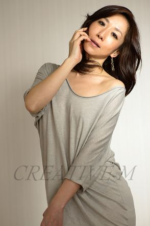 http://creative-m.jp/golden_aura_photo/publicity_material_photo
