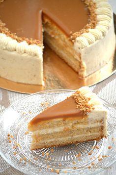 Receta en español de la Tarta de manzana y salsa de caramelo |. Apple caramel cake