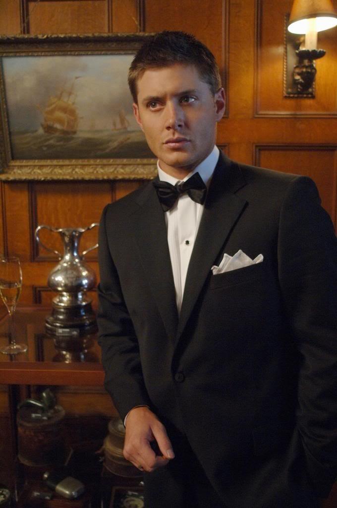 Jensen AcklesChristmas Parties, Supernatural, Jensen Ackles, Dean O'Gorman, Jensenackles, Suits, Dean Winchester, Hot Guys, Wayward Sons