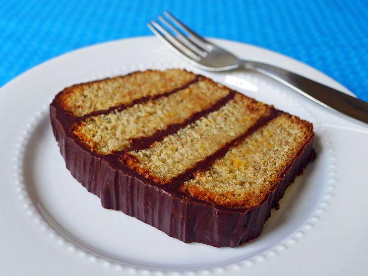 orange cake with chocolate ganache.Chocolates Ganache, Chocolate Ganache, Komteßkuchen, Yummy Sweets, Orange Cake, Komteß Kuchen, Pound Cake, Favorite Recipe, Sweets Stuff