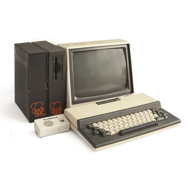 Microbee Computer-In-A-Book by Easterbilby, via Flickr