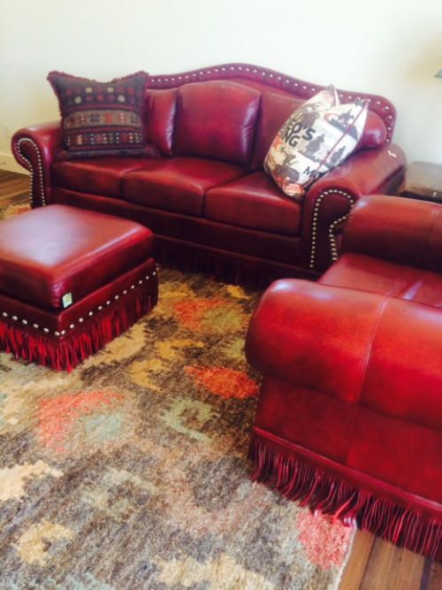 Living Room Dark Brown Couch Modern Center Table Designs For Best 25+ Red Leather Couches Ideas On Pinterest | ...