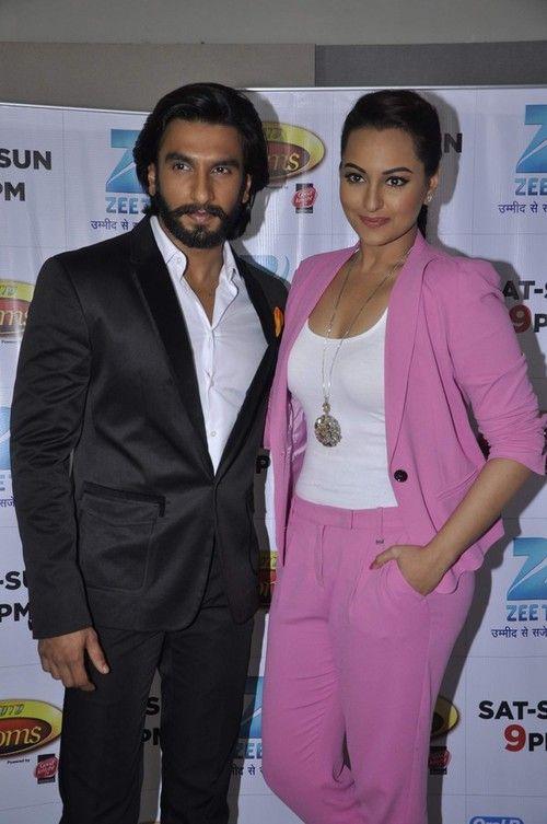 Ranveer Singh, Sonakshi Sinha promoting 'Lootera' On the Sets of DID Super Mom