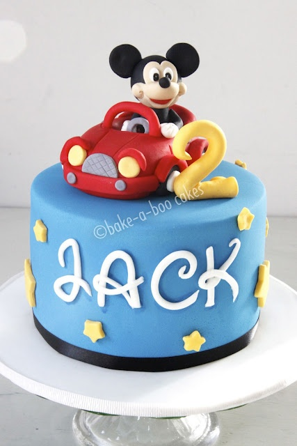 ... minnie cake on Pinterest  Minnie mouse party, Minnie mouse cake and