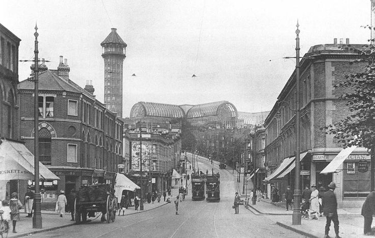 Anerley Hill showing the south water tower alongside the Crystal Palace building, 1910.
