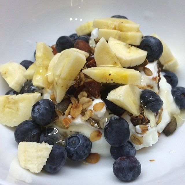 The Body Coach:  Greek, blueberries, banana & linseed sprinkles