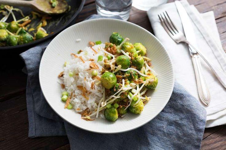 Slank recept: spruitjes en rijst met een Oosters tintje http://www.rachelhulshof.nl/2014/11/spruitjes-en-rijst-met-een-oosters-tintje