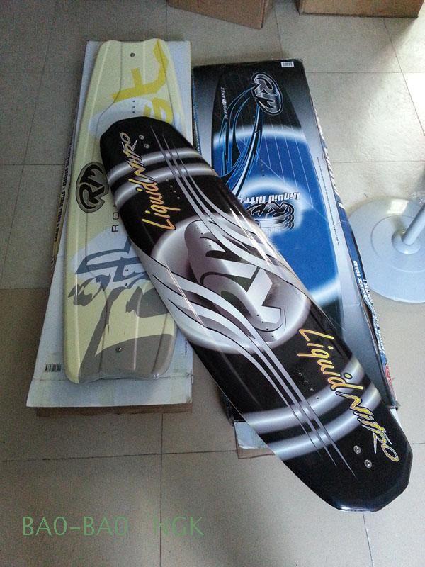 RM fineer waterskiën, Wakeboarden schoenen, Water-skiën dubbele plaat, Knielen board, Slepen ras (zwart)